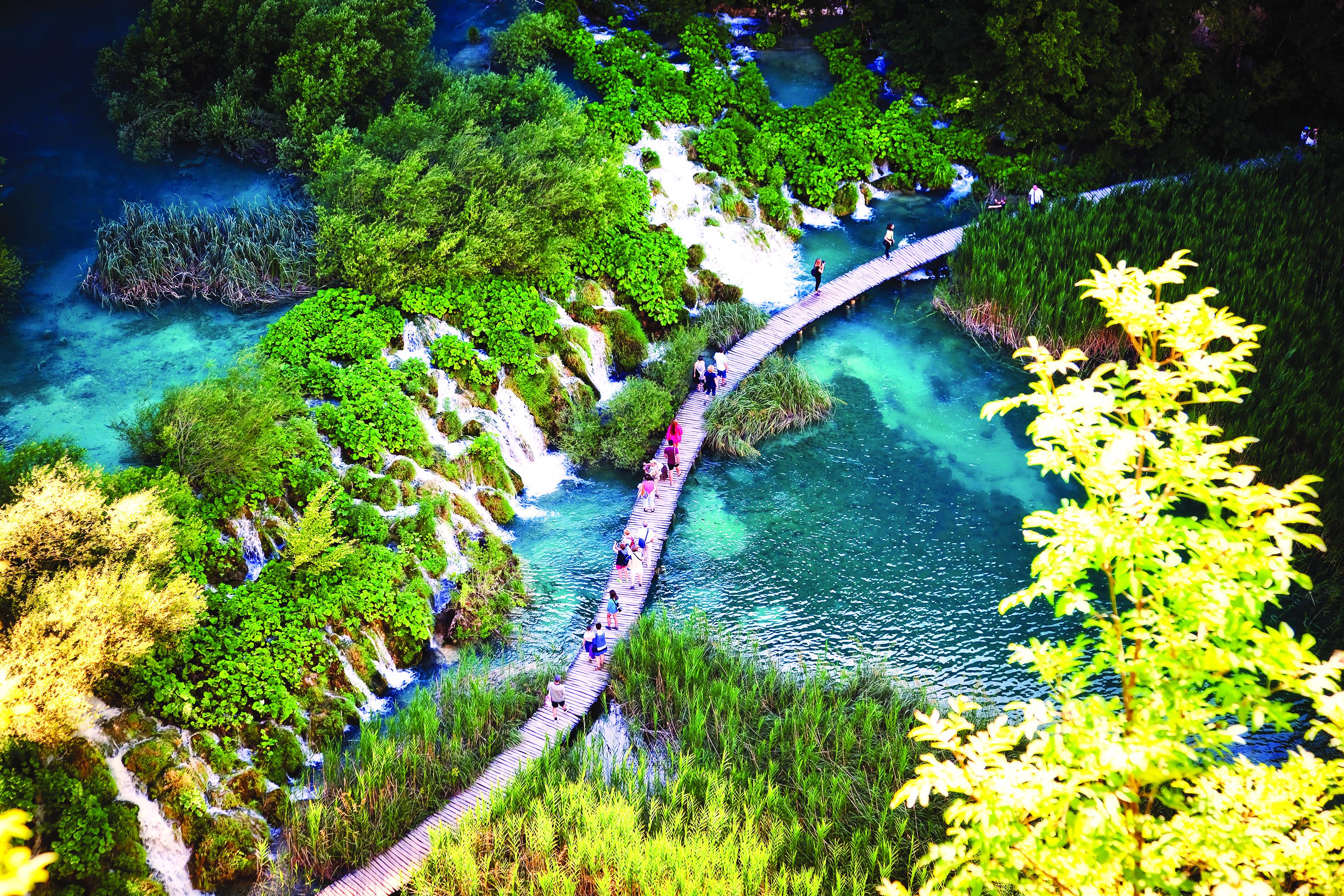 Let's go! Στο Εθνικό Πάρκο Λιµνών του Πλίτβιτσε στην Κροατία