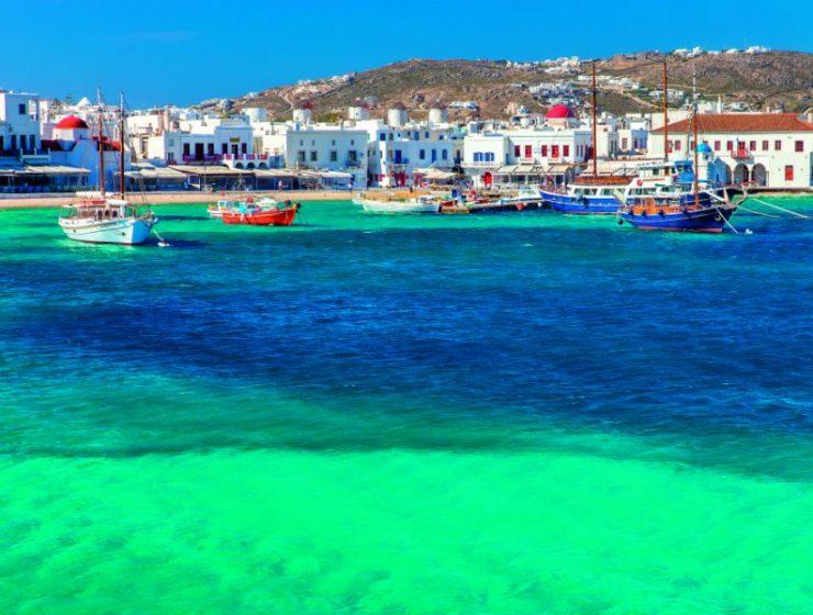 Πρωτιά στην Ελλάδα!!!