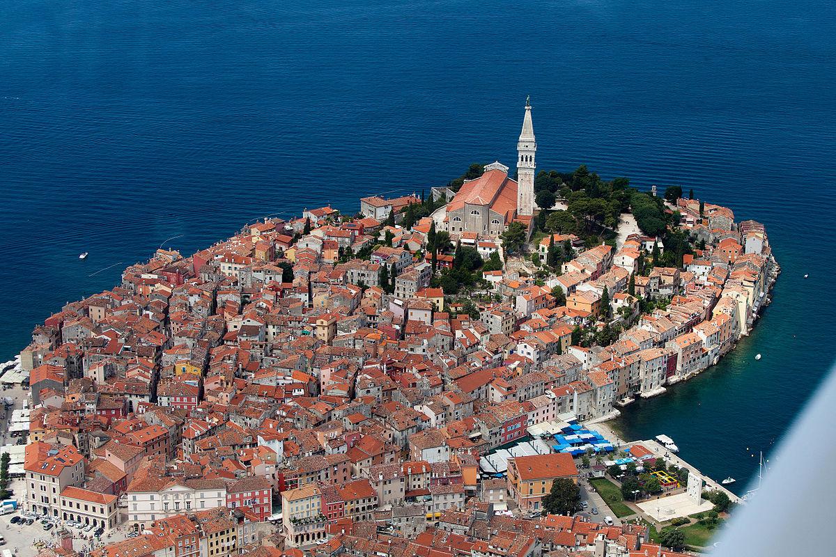 Η πόλη της Κροατίας που γοητεύει με τη Μεσαιωνική ομορφιά της