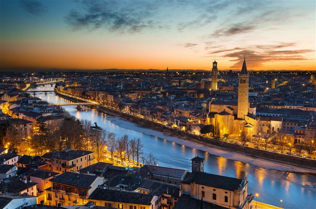 ΒΕΡΟΝΑ: Γιατί είναι η πιο ρομαντική πόλη της Ιταλίας