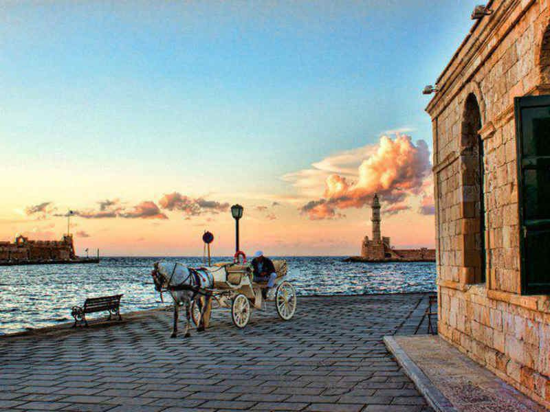 Χανιά: Μια πόλη για ατελείωτες βόλτες