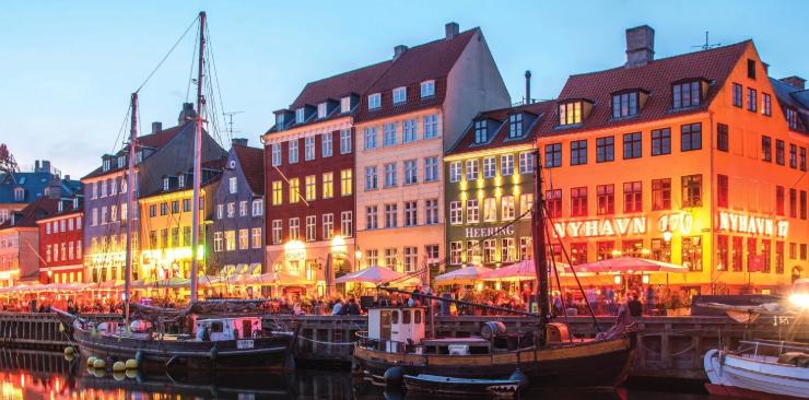 Και όμως το Hygge κάνει τους κατοίκους της Δανίας χαρούμενους