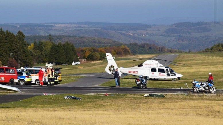 Γερμανία: Αεροπλάνο έπεσε πάνω σε πλήθος - Τρεις νεκροί