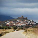 Η καλά κρυμμένη ιστορία πίσω από το καταραμένο χωριό- Οι κάτοικοι και το μυστικό τους