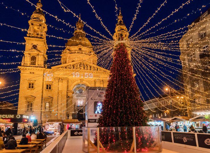 RYANAIR: Χριστούγεννα σε διάσημο προορισμό με μόνο 74.45 ευρώ- Μοναδική προσφορά