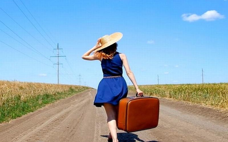 Ταξιδέψτε σε όλο τον κόσμο χωρίς να βάλετε το χέρι βαθιά στην τσέπη- 7+1 κολπάκια