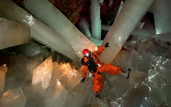 Ξέρετε που βρίσκεται η σπηλιά των γιγάντιων κρυστάλλων;