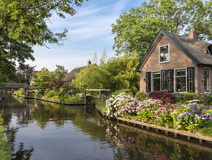 Giethoorn: Μια πόλη χωρίς δρόμους στην Ολλανδία!