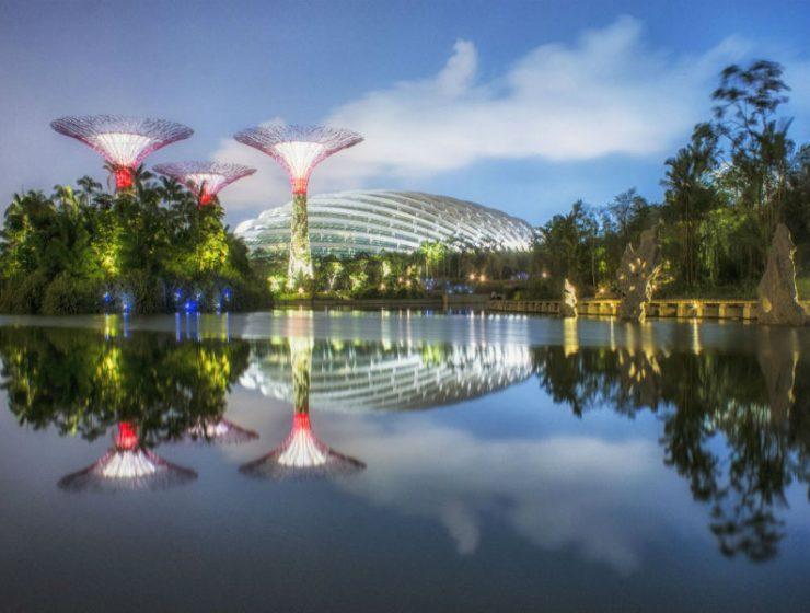 Οι μυθικοί κήποι της Σιγκαπούρης που τραβάνε τα βλέμματα!