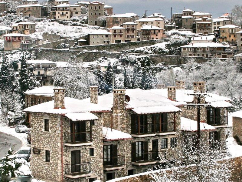 Ζήστε, φέτος, τα πιο ειδυλλιακά Χριστούγεννα στην γραφική Δημητσάνα!
