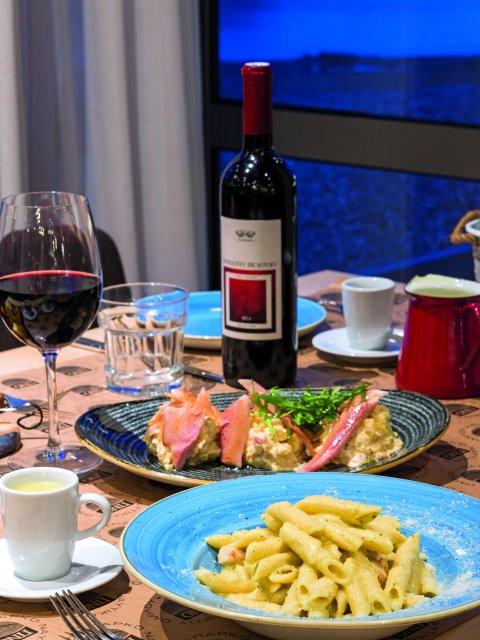 Οι καλύτερες επιλογές για φαγητό και ποτό στα μαγευτικά Ιωάννινα!