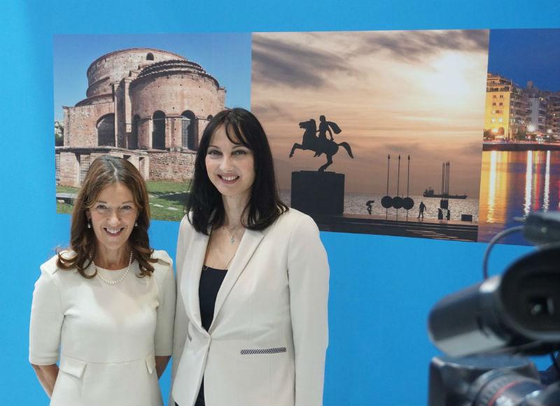 ΕΟΤ και Victoria Hislop ενώνουν τις δυνάμεις τους για την Ελλάδα