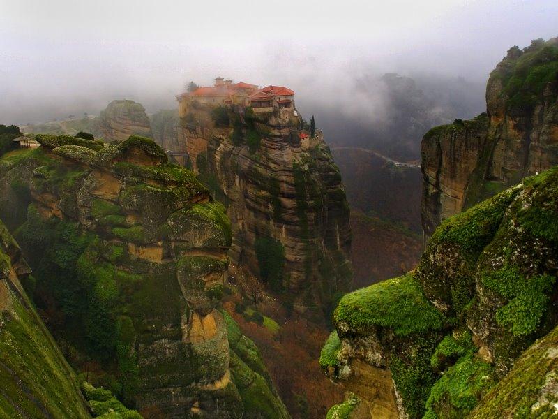 7+1 μοναστήρια στην Ελλάδα που πρέπει να επισκεφτείτε!