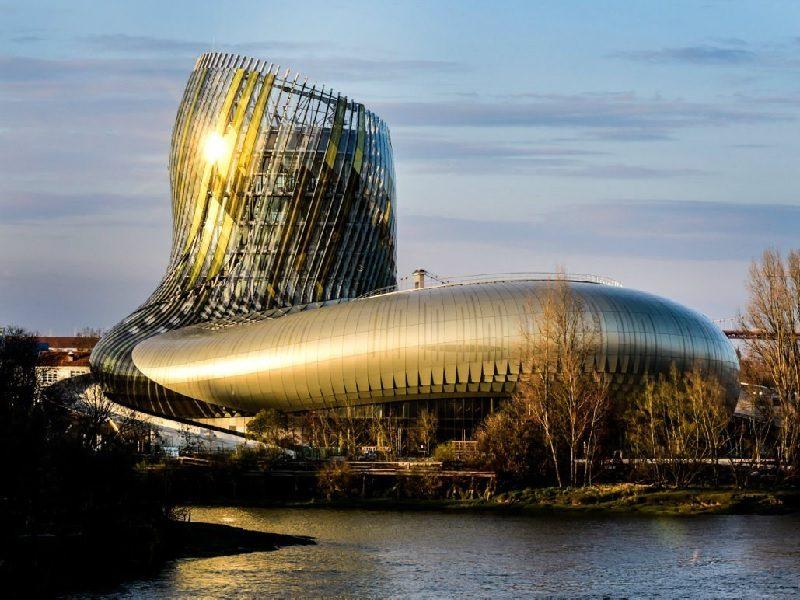 """Μπορντώ: ένα μουσείο """"στολίδι"""" με θέμα το κρασί!"""