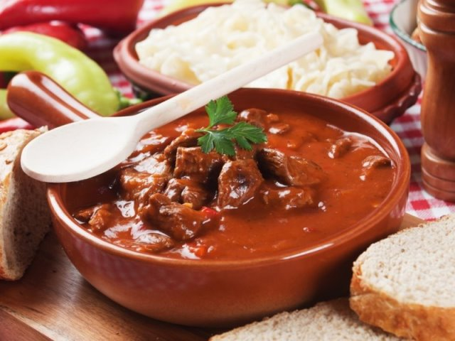 Σούπα Γκούλας, ουγγρική κουζίνα