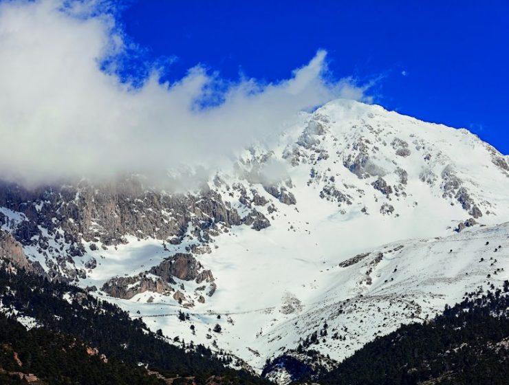 Ski break! Δαμάστε τις βουνοπλαγιές του Παρνασσού