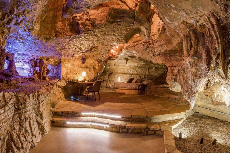 Ένα πολυτελέστατο ξενοδοχείο χτισμένο μέσα σε... σπηλιά! Δείτε τις εντυπωσιακές εικόνες