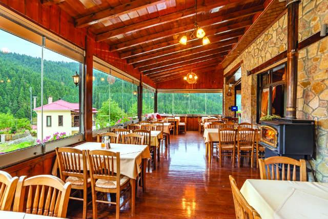 Around Τρίκαλα: η καλύτερη γευστική επιλογή βρίσκεται στο Περτούλι!