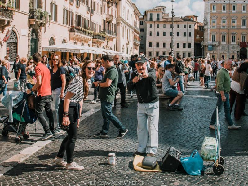 Πώς να μην φαίνεστε σαν τουρίστες στα ταξίδια σας στο εξωτερικό! Ζήστε όπως οι ντόπιοι!