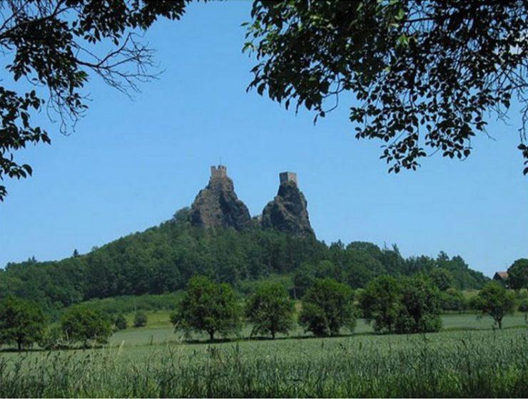 Σας ταξιδεύουμε στους δίδυμους πύργους της Τσεχίας!