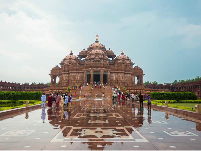 Ένας εντυπωσιακός ναός στο Νέο Δελχί!