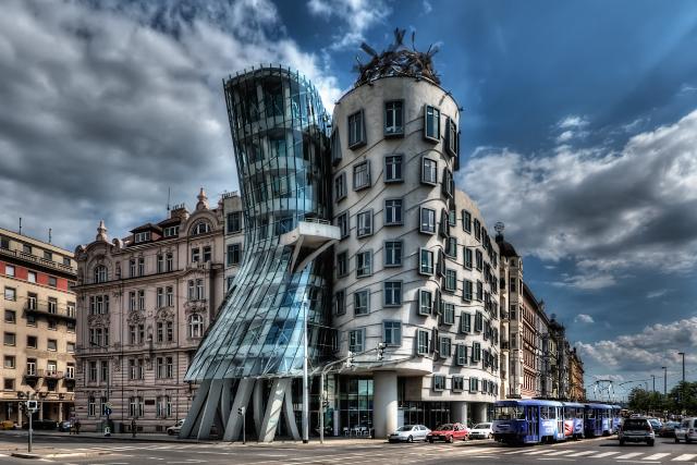 Σπίτι που χορεύει, Πράγα
