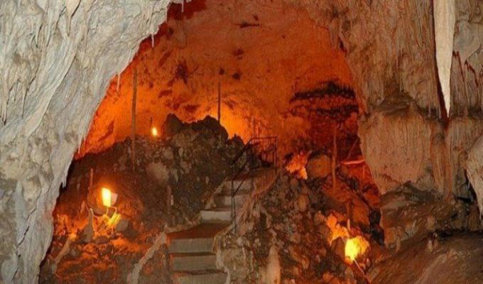 Σπήλαιο Ανεμότρυπας: Ένα συγκλονιστικό ταξίδι στα έγκατα της γης!