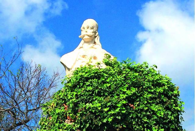 Άγαλμα του Καραϊσκάκη, Αράχωβα
