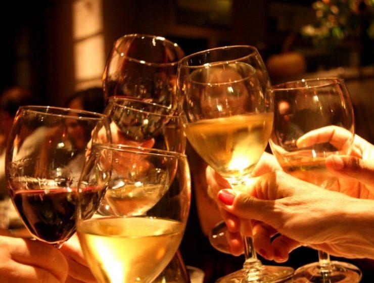 Ακόμα ένα ποτηράκι... Αυτά είναι τα καλύτερα resorts στον κόσμο που προσφέρουν spa μέσα σε κρασί!