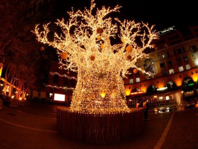 Χριστούγεννα με καλοκαίρι! Δείτε πώς κάνουν γιορτές στην...άλλη άκρη του κόσμου!