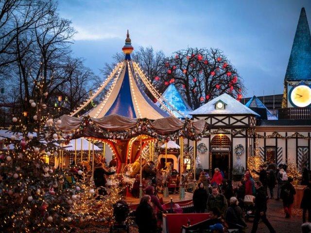 Χριστούγεννα στην Κοπεγχάγη: Η ατμόσφαιρα των γιορτών στην πιο παραμυθένια πόλη της Ευρώπης