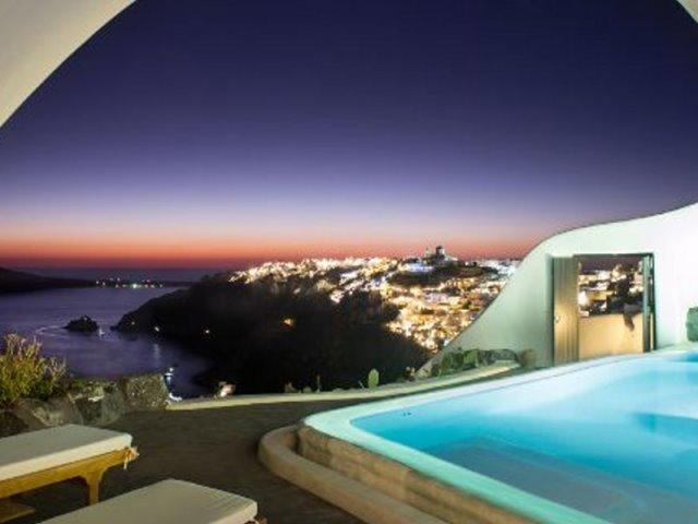Η Σαντορίνη στη Χρυσή Λίστα του Conde Nast Traveller! Δείτε το ξενοδοχείο!