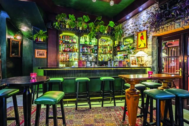 Room bar Αράχωβα