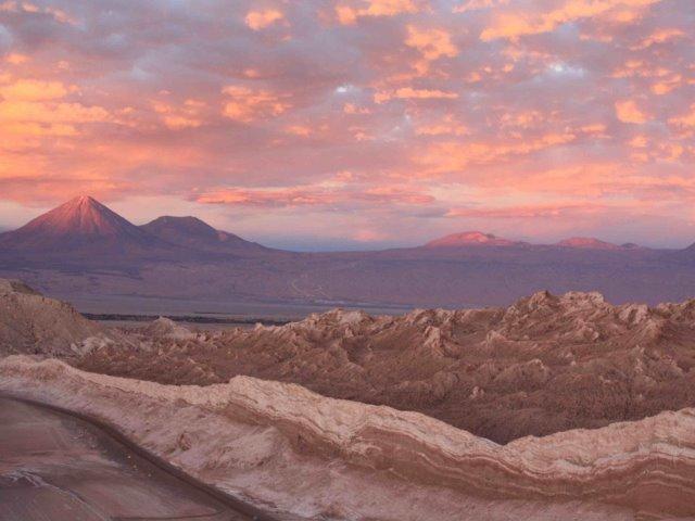 Χιλή: Περιπλάνηση στην άγρια ομορφιά του ρόδου της ερήμου, της Ατακάμα