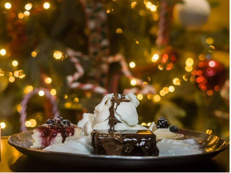 Φέτος τα Χριστούγεννα κλείνουμε ραντεβού για γλυκό στο Σερμπετόσπιτο της Νάνσυ!