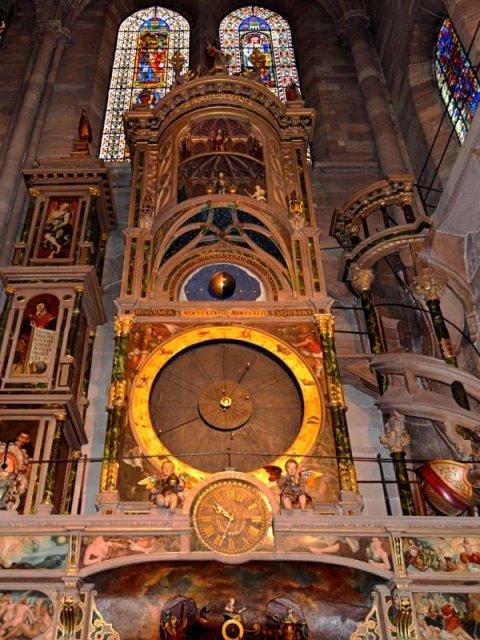 5 διάσημα ρολόγια σε ελληνικές πόλεις με ιστορία ετών! Κοντράρουν στα... ίσα το δημοφιλές Big Ben!