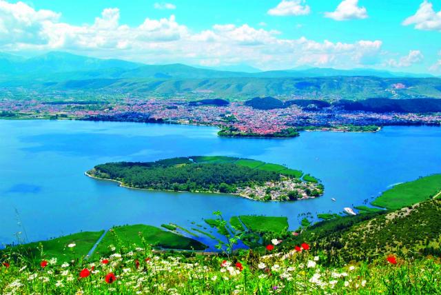 Θέα από τις Λιγκιάδες, Ιωάννινα