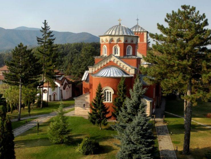 Αυτά είναι τα σημαντικότερα μοναστήρια της πανέμορφης Σερβίας (video)