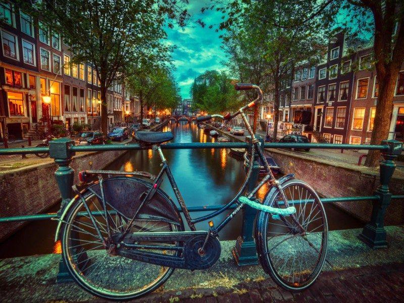 Ταξιδέψτε στο Άμστερνταμ σε ένα λεπτό! (video)