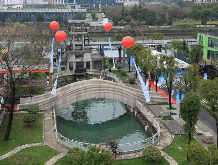 Η μεγαλύτερη 3D εκτυπωμένη γέφυρα του κόσμου βρίσκεται στη Σαγκάη!
