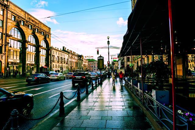 Λεοφώρος Nevsky Prospekt, Αγία Πετρούπολη