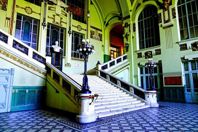Σταθμός Vitebsky, Αγία Πετρούπολη