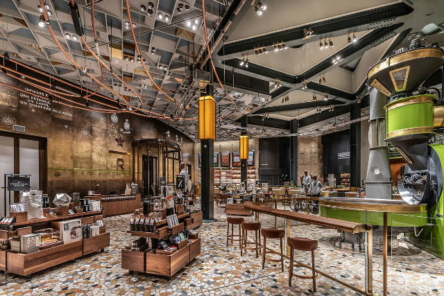 Tο πιο όμορφο κατάστημα Starbucks βρίσκεται στο Μιλάνο!