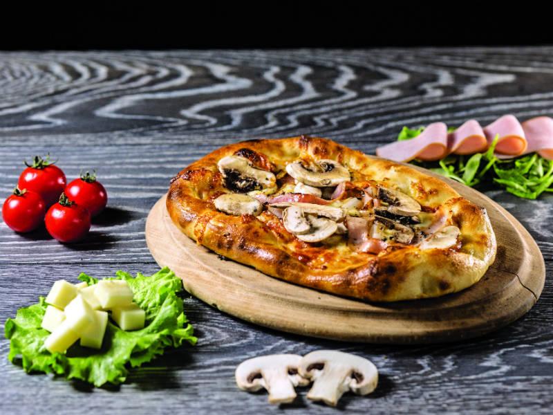 """Η Θεσσαλονίκη έχει """"αλλάξει"""" επίπεδο στο street food! Βρήκαμε τα top 12!"""