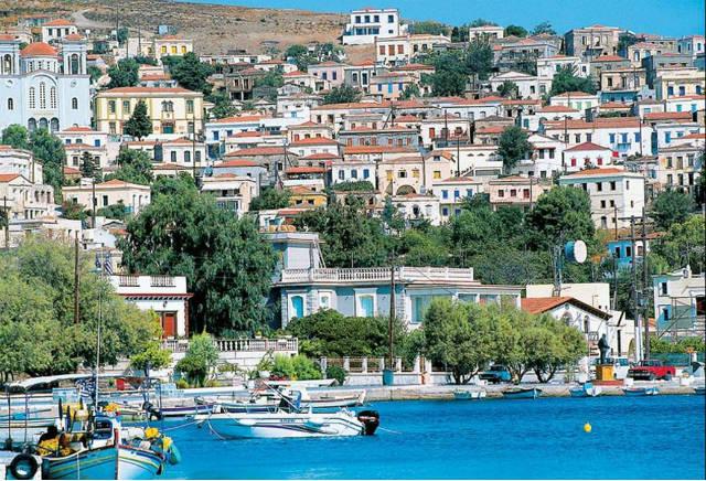 Οινούσσες: Γνωρίστε το μαγικό... και όχι τουριστικό σημείο του Αιγαίου