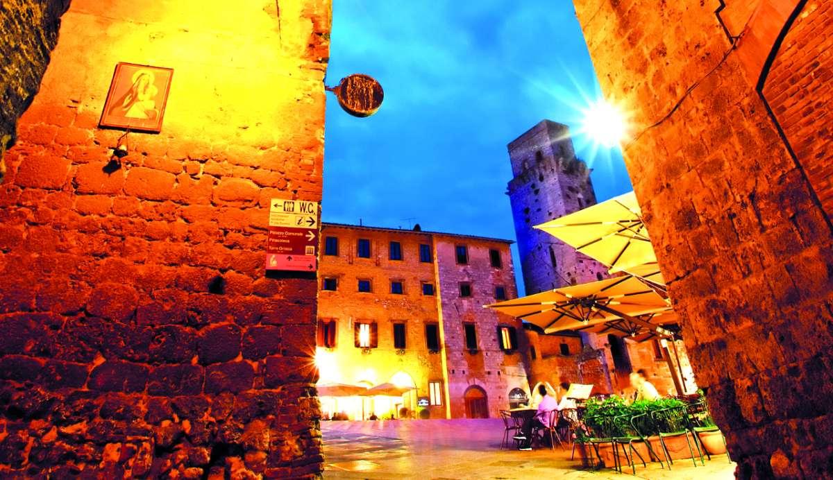 Σαν Τζιμινιάνο, Ιταλία - μεσαιωνικές πόλεις