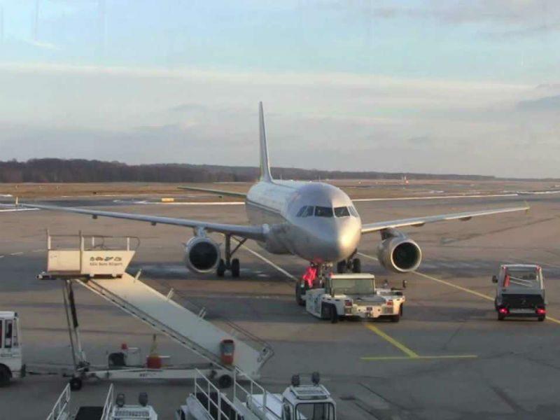 """Δείτε πως γίνεται το """"turnaround"""" ενός αεροσκάφους! (video)"""
