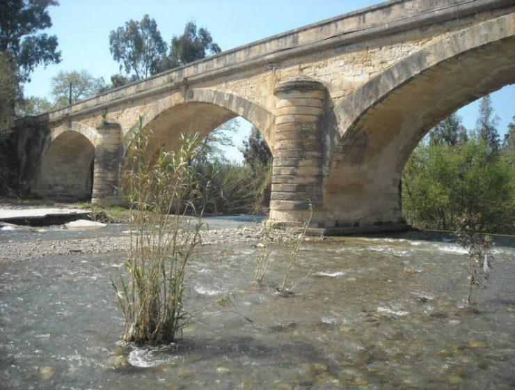 Κατέρρευσε η ιστορική γέφυρα του Κερίτη στα Χανιά!