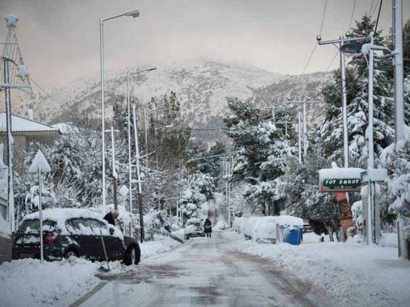 """Καιρός: Προ των πυλών η """"Χιόνη""""... Δείτε ποιες περιοχές θα """"χτυπήσει""""!"""