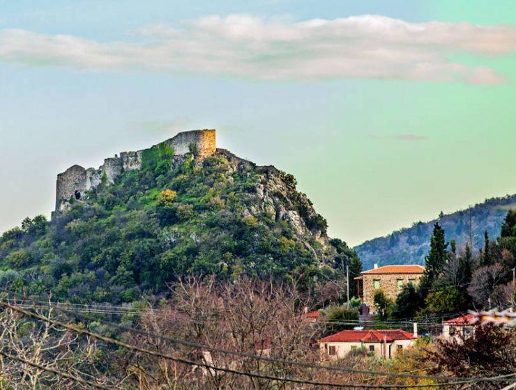 """Πικουλιάνικα: Ένα κρυμμένο """"διαμαντάκι"""" σε απόσταση αναπνοής από το Μυστρά"""